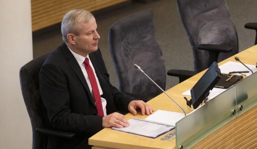 13-oji diena M. Basčiui atnešė sėkmę: mandatą išsaugojo