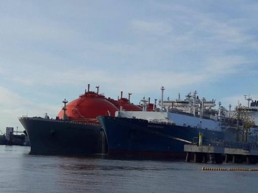 """Klaipėdą pasiekė pirmasis """"Statoil"""" SGD krovinys šiemet"""