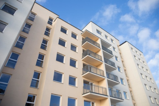 Vyriausybė pritarė siūlymui remti jaunų šeimų būstų įsigijimą
