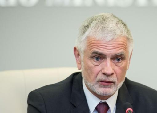 Etikos ir procedūrų komisija pradėjo tyrimą dėl žemės ūkio ministro elgesio