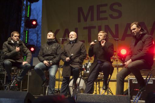 R. Karbauskis ne taip suprato sociologinius duomenis: Seimas geriausiai vertinamas tada, kai politikai nedirba