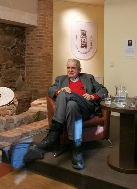 Plungėje lankėsi poetas, publicistas, vertėjas, profesorius Tomas Venclova
