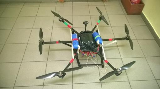 Šalčininkų rajone pasieniečiai perėmė cigaretes skraidinusį kontrabandininkų droną