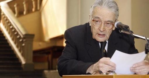 Filosofo S. Šalkauskio sūnus, fizikas dr. J. Šalkauskas atguls Saulės kapinėse