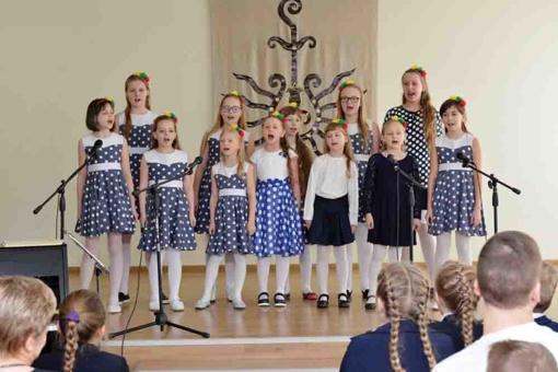 Lietuvai dainavo per 120 dainorėlių