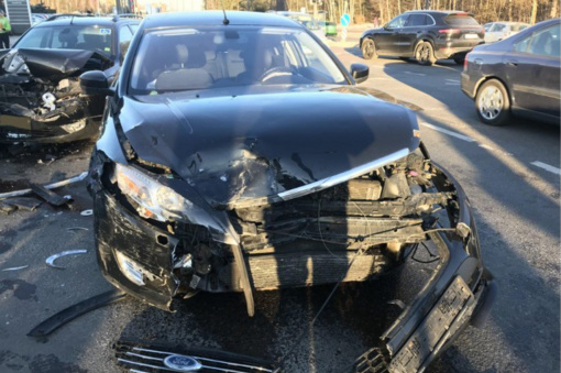 Vilniuje susidūrė trys automobiliai
