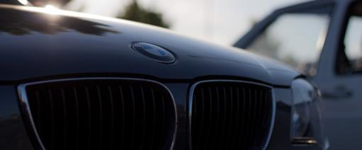 """Kėdainių rajone apsivertė moters vairuojamas """"BMW"""""""