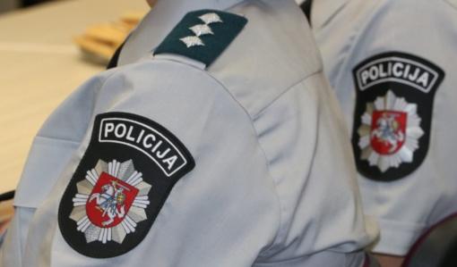 Policija dėl koronaviruso pandemijos atšaukia renginius, dirbs nuotoliniu būdu