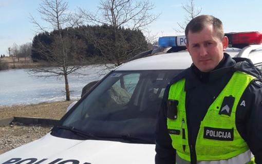 Skuodo rajono patrulis pasielgė pareigūniškai ir ne darbo metu