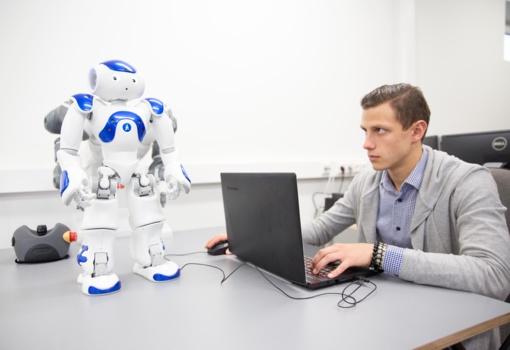 Ateities inžinieriai bus graibstomi darbdavių, bet privalės pasikeisti. Kaip?