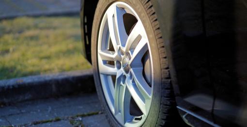 Druskininkuose iš vokiečio pavogti automobilio ratlankiai
