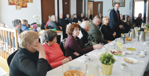 Ministras su bendruomenės atstovais susitiko kavinėje