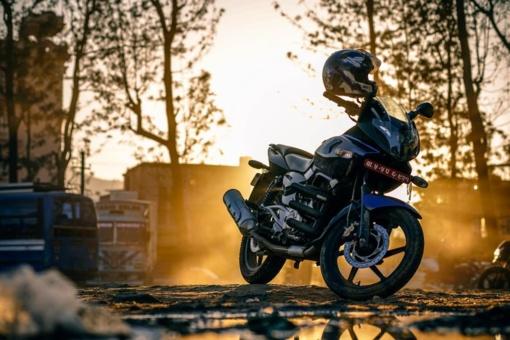 Klaipėdos rajone pavogtas motociklas buvo rastas paslėptas po krūmais