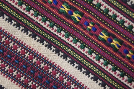 Lietuvos ir Vakarų Ukrainos etnografinės buitinės tekstilės raštai tyrėjų akimis: panašumai ir skirtumai