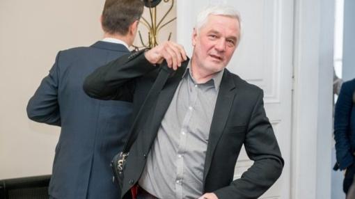 Buvusiam Seimo nariui V. Matuzui gresia 5 metų įkalinimo bausmė