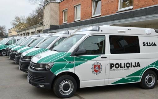 """Į Šiaulių apskrities policijos aptarnaujamą teritoriją išriedėjo dešimt """"policijos biurų"""" ant ratų"""