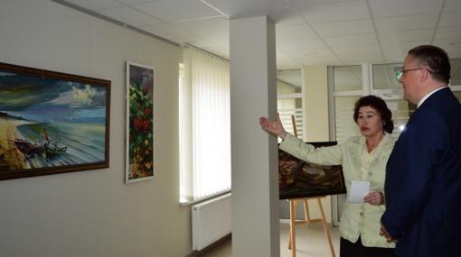 Savivaldybėje – palangiškio tapytojo Jono Vaišės darbų paroda