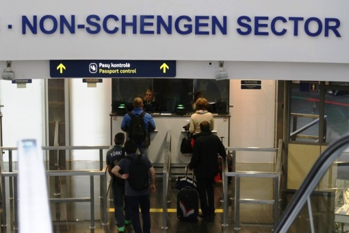 Vilniaus ir Kauno oro uoste pasieniečiams įkliuvo du ieškoti lietuviai