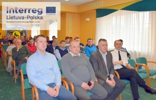 Lenkijoje vyksta praktiniai ugniagesių mokymai