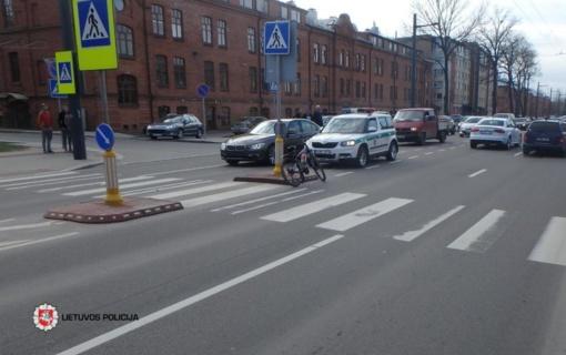 Kaune sužalotas dviratininkas