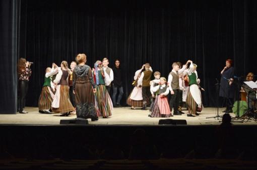 """Vyko  Šilalės rajono folklorinių šokių šventė-varžytuvės """"Šok, žemaiti, šonke 2018"""""""