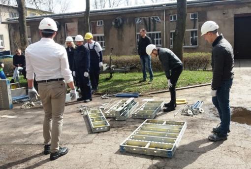 """Studentai varžėsi tarptautiniame konkurse """"Jaunasis statybininkas 2018"""""""