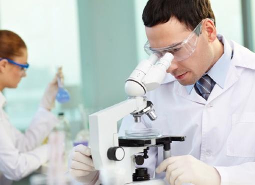 Ūkio ministerija nori, kad mokslininkai kurtų daugiau produktų verslui - tam skirs 622 mln. eurų