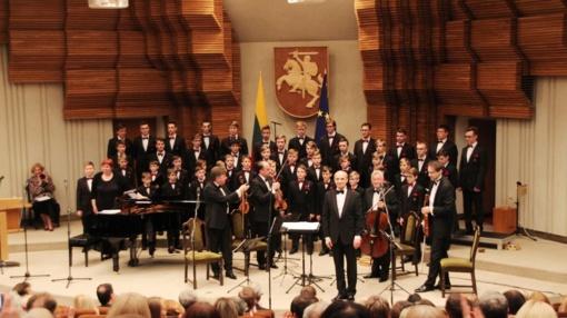 """""""Dagilėlio"""" koncertą LR Vyriausybės rūmuose lydėjo audringi plojimai"""