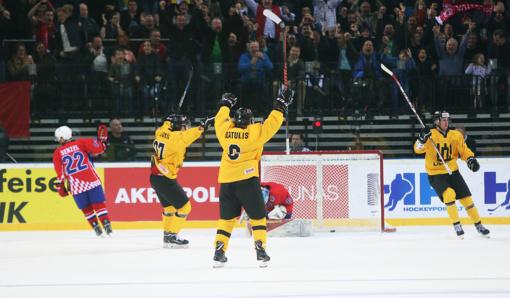 Lietuvos ledo ritulininkai pasaulio čempionatą pradėjo pergale prieš kroatus (nuotraukų galerija)