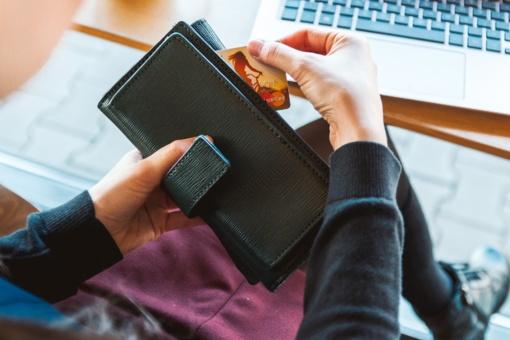 Ką reikia žinoti apie internetu pirktų prekių grąžinimą?