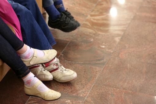 Kas trečias mokinys mokykloje jaučiasi pašalinis, kas antras - kenčia patyčias