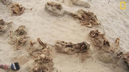 Archeologai Peru rado didžiulę ikikolumbinę paaukotų vaikų kapavietę