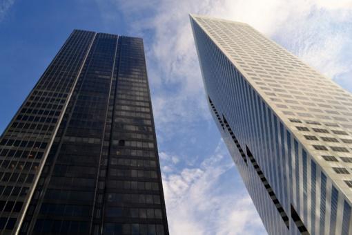Daugėja bankų, manančių, kad būstas pigs