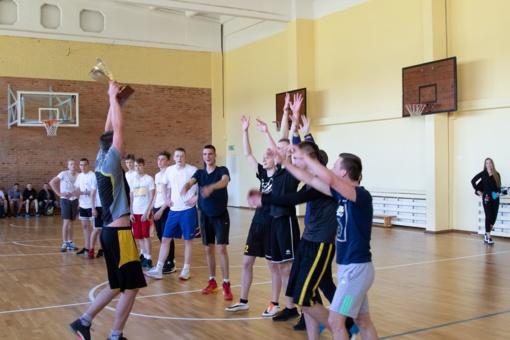 A.Miltenio vardo  krepšinio turnyro uždarymas Lieporių gimnazijoje
