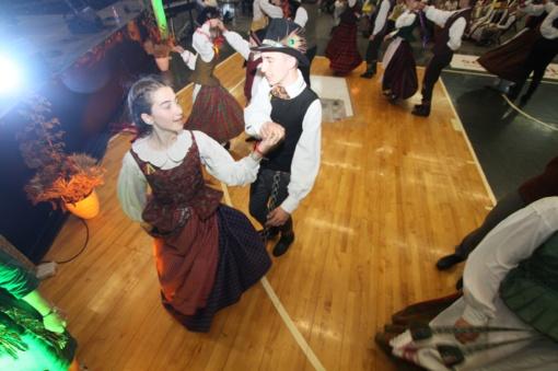 """Finaliniame """"Patrepsynės 2018"""" renginyje varžėsi 91 šokėjų pora (FOTO)"""