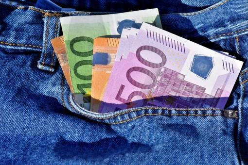 5 laimingieji: prestižinėms studijoms užsienyje valstybė skirs po 20 tūkst. eurų