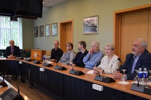 Poezijos pavasario svečiai sutikti Vilkaviškio savivaldybėje