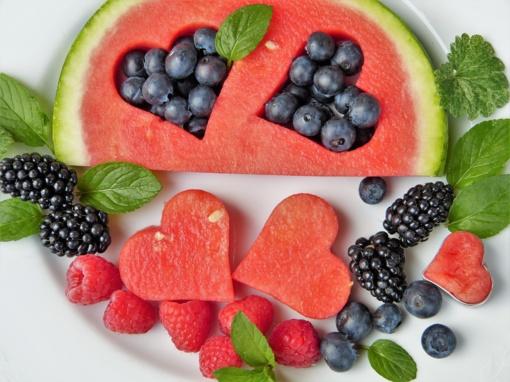 Dietologė pataria: į ką atkreipti dėmesį parduotuvėje renkantis maisto produktus?