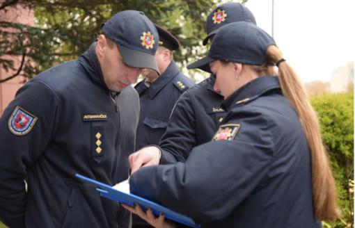 Gyventojus lankantys ugniagesiai detektoriais neprekiauja, jų neturinčių nebaudžia
