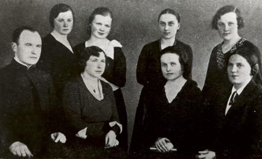 Lietuvės jau prieš šimtą metų vienijosi dėl moterų apšvietimo (V d.)