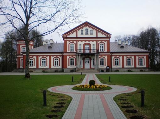 Kelionė po Baltijos šalių dvarus prasidėjo