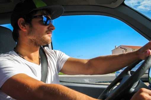 Ekonomiškas vairavimas – automobilio ar vairuotojo atsakomybė?