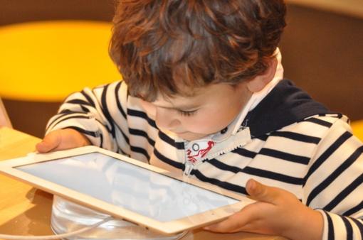 Interneto vaikų karta: ar mokame ją apsaugoti?