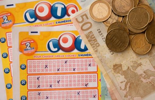 Parlamentaras K. Masiulis siūlo LRT neberodyti loterijų