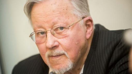 Prof. V. Landsbergis: keisti reikia ne įstatymus, o širdį