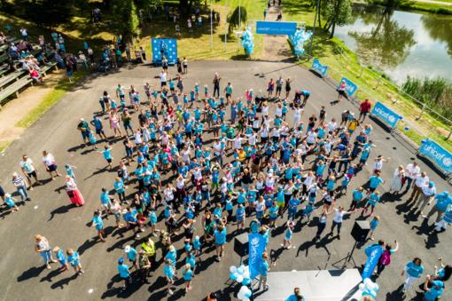 Pajūryje praūžė Unicef vaikų bėgimai: 4500 išgelbėtų gyvenimų, dalyvių ir medalius teikusių žvaigždžių gausa