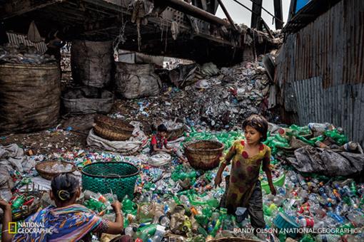 Negailestingas verdiktas: mes skęstame plastike