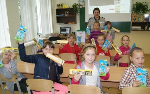 Vaikams primintos pagrindinės taisyklės ir palinkėta saugios vasaros