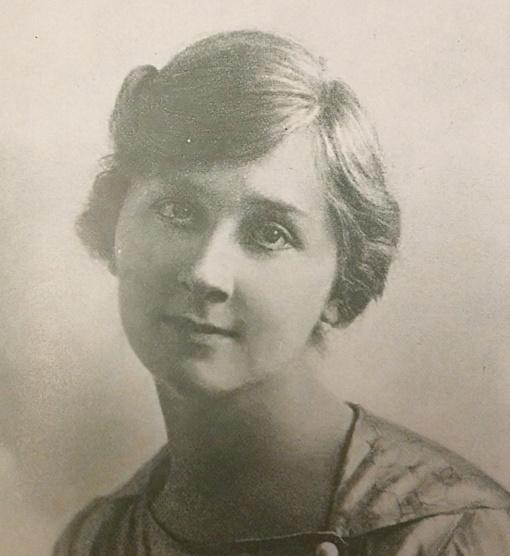"""Lietuvos albume"" 1921-aisiais– ir keturiolika moterų (I d.)"