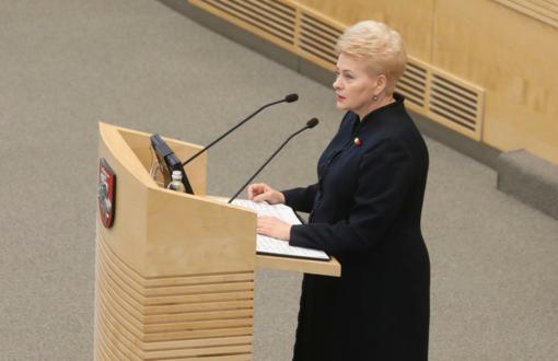 D. Grybauskaitė: skubos tvarka Seimo priimami įstatymai nėra naujiena